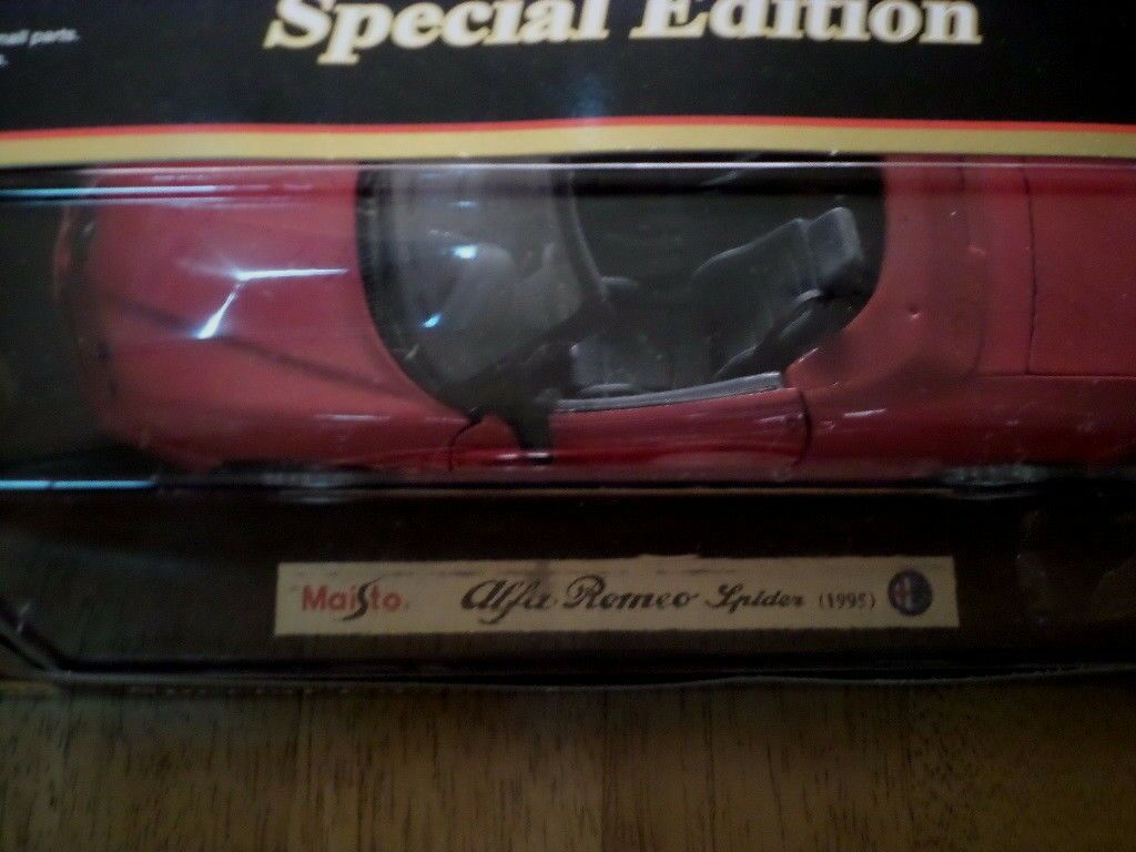 1995 ALFA ROMEO SPIDER, SPORT CAR, Die Die Die Cast Metal Model Car Toy, SCALE  1 18 5a3cc3