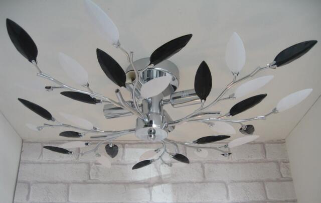 Flush Fit 4 Arm Bulb Leaf Ceiling Light Lamp Fitting Chandelier Chrome & Black