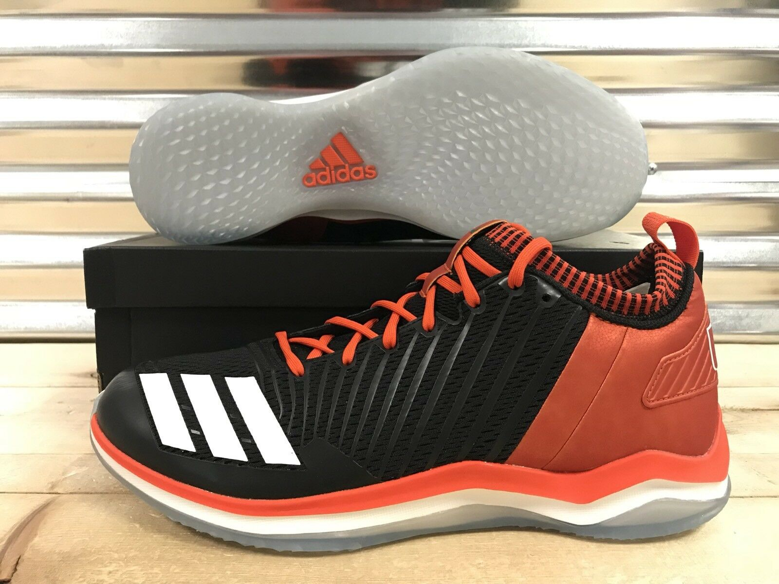 Adidas Icon Trainer NCAA Miami Hurricanes um de Omaha zapatos Negro reducción de um precio 0654e7