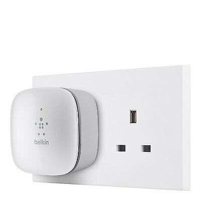 NEW Belkin N300 Wall Plug Mounted Universal Wi-Fi Range Extender Signal Booster