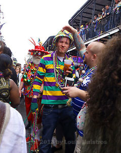 Mardi-Gras-in-the-French-Quarter-NEW-ORLEANS-8x10-Photo-SIGNED-by-Louis-Maistros