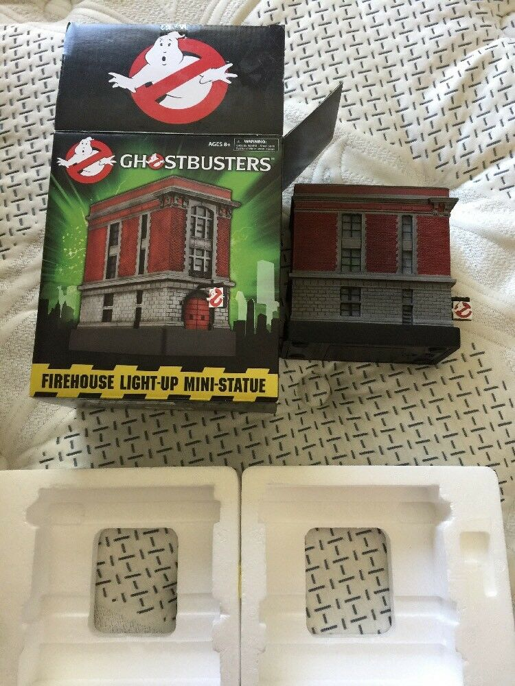 Ghostbusters FIREHOUSE, FIREHOUSE, FIREHOUSE, Terror Dog,Slimer & Stay Puft Lighted Statues Lot Of 4 591133