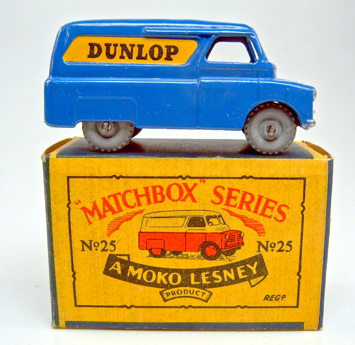 Matchbox Rw 25a  DUNLOP  VAN bluee Metal Wheels Top in  B  Box
