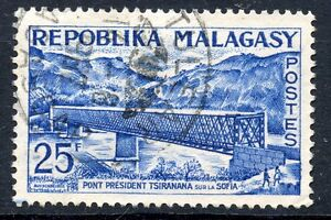 Stamp /timbre Madagascar N°361 Oblitere Pont Du President Tsiranana Sur La Sofia Exquisite Traditional Embroidery Art Africa
