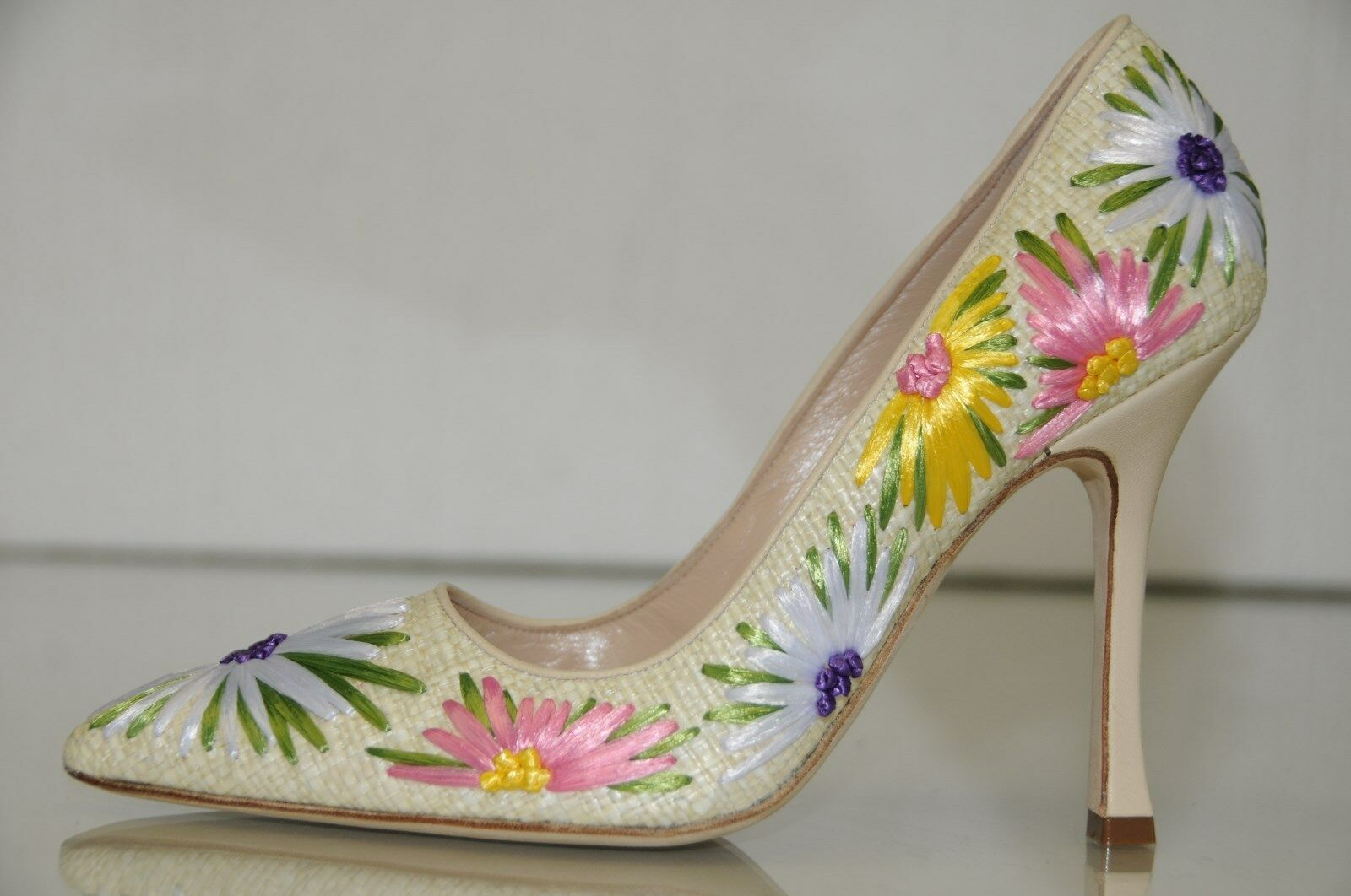 1895 New MANOLO BLAHNIK BB Newciofi Flower Rafia Nude Beige Yellow Pumps SHOES