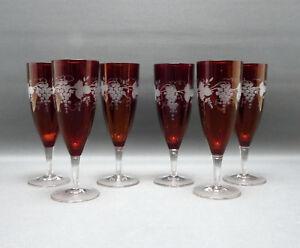 6-x-Sektglaeser-rubinfarbend-lasiert-Boehmen-Trauben-und-Blattschliff-17-2-cm