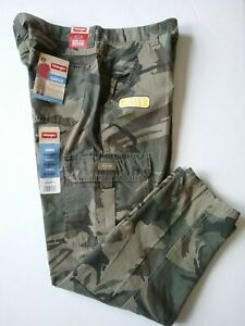 9632e3a9 NEW With Tags Wrangler Men's Camouflage Straight Leg Cargo Pants ...