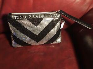 Victoria Secret Silver sparkle bling holiday Clutch Bag Purse With Beauty bonus