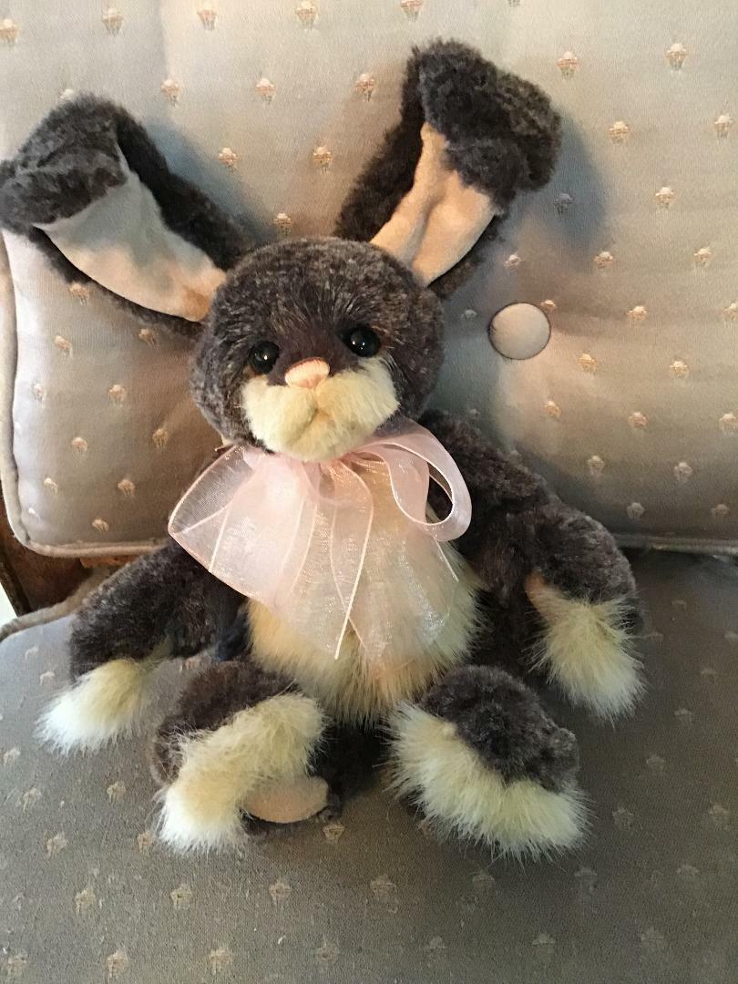 ASH ASH ASH SPRING BUNNY CHARLIE orsoS 2019 PLUSH  9  nuovo WITH TAGS 857a2a