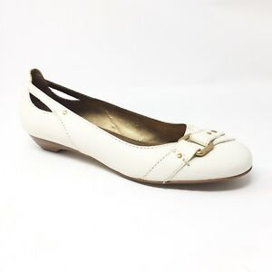 16ab1809359 Franco Sarto Size 9.5 M Ivory Cream Leather Flats Shoes Gold Buckle ...