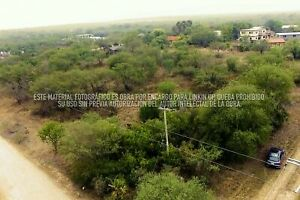Terreno en  Venta  en Esquina  Dentro del Club campestre la Peñita   Montemorelos Nuevo Leon