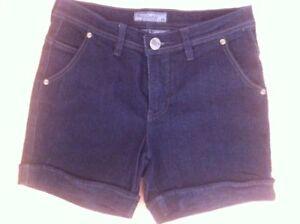 Ladies-BNY-Ladies-Collection-Black-Denim-Shorts-Size-28-AUS-8