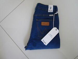 a43b6dd3 Wrangler Ladies Twist Blue Hi Pins Skinny Fit Stretch Jeans Size: 7 ...