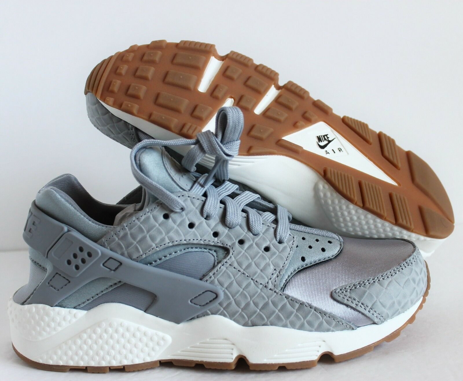 NIKE WOMEN AIR HUARACHE RUN PRM PREMIUM WOLF GREY-SAIL SZ 7 [683818-012]