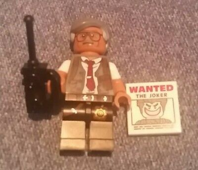 COMMISSIONER GORDON #7 MINI FIGURE # 71017 FREE SHIPPING LEGO THE BATMAN MOVIE