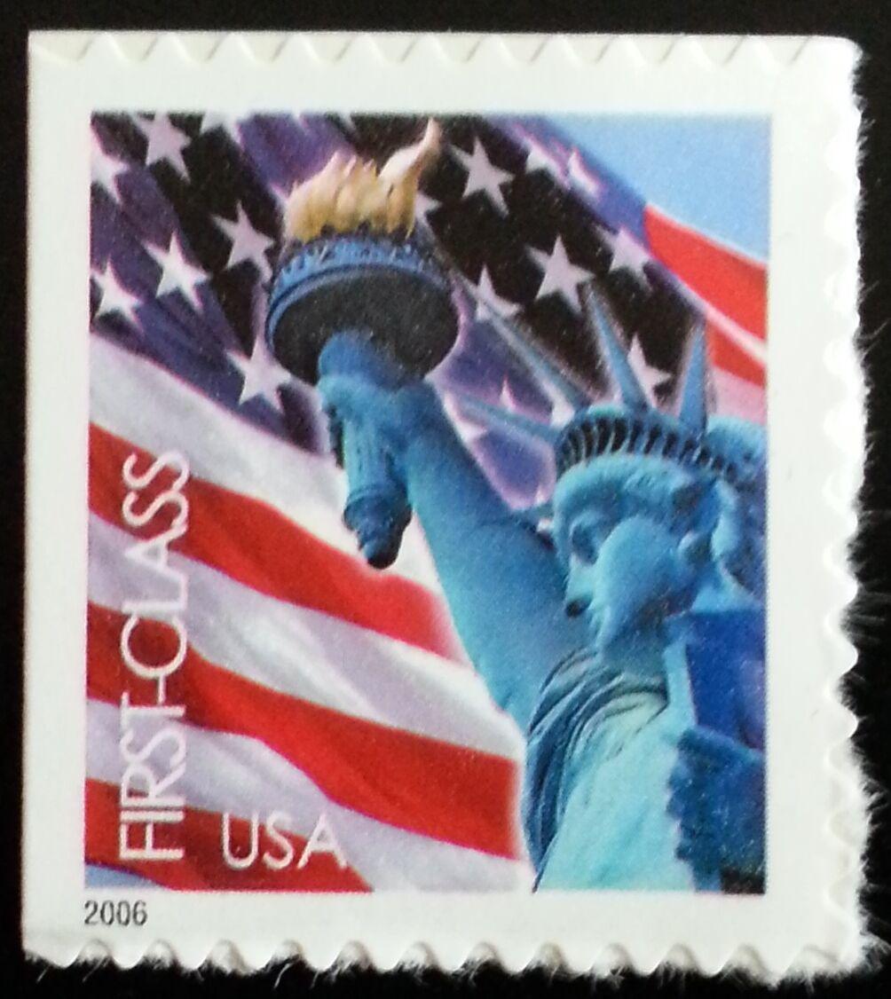 2006 39c Statue of Liberty & Flag, SA Scott 3972 Mint F