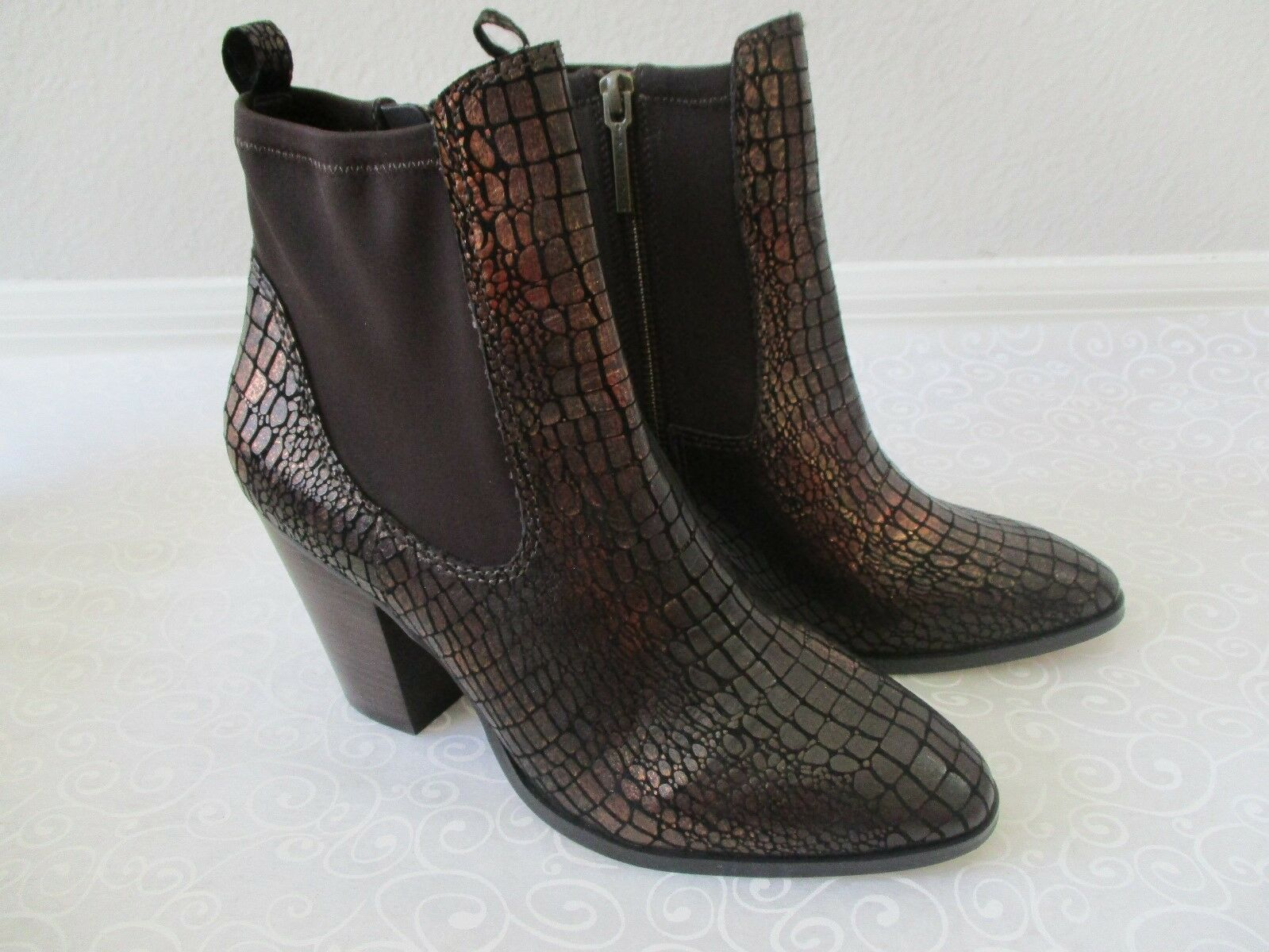 DONALD J PLINNER PEWTER METALLIC CROCCO ANKLE BOOTS SIZE 10 M - NEW