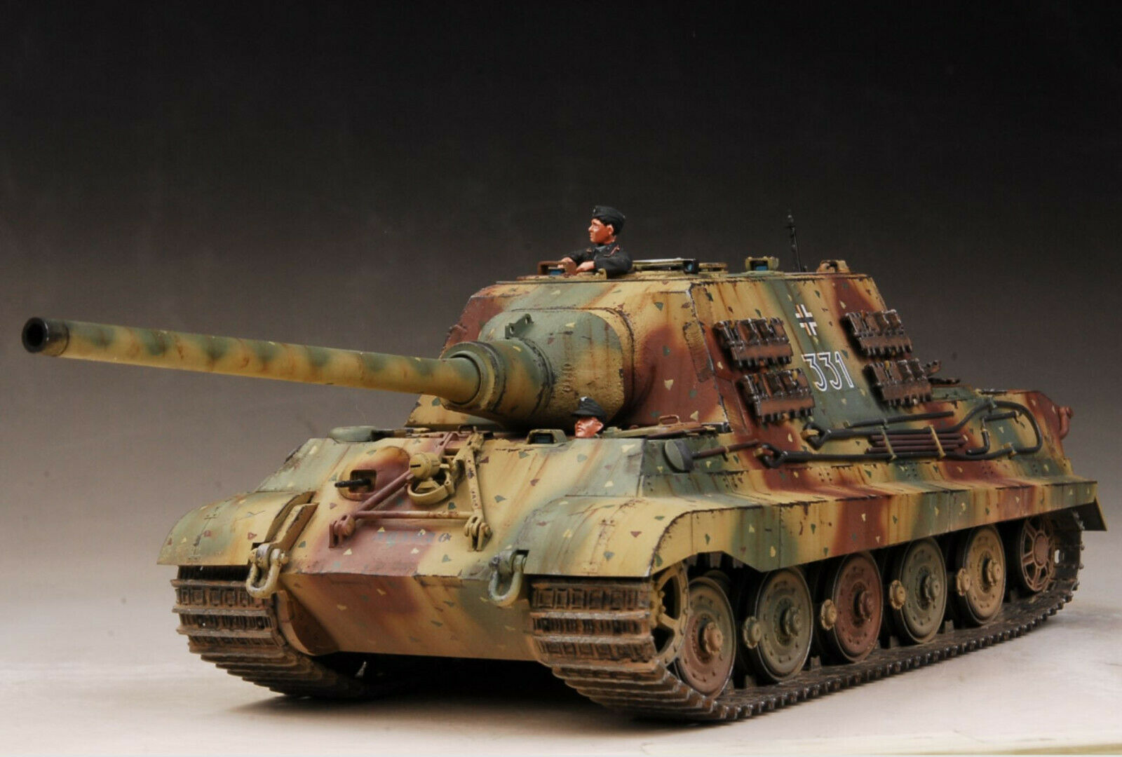 AwardWinner Built 1 35 Jagdtiger VI 331 Abt.653 Abt.653 Abt.653 Heidelberg 1945 +PE+Crew 9b3