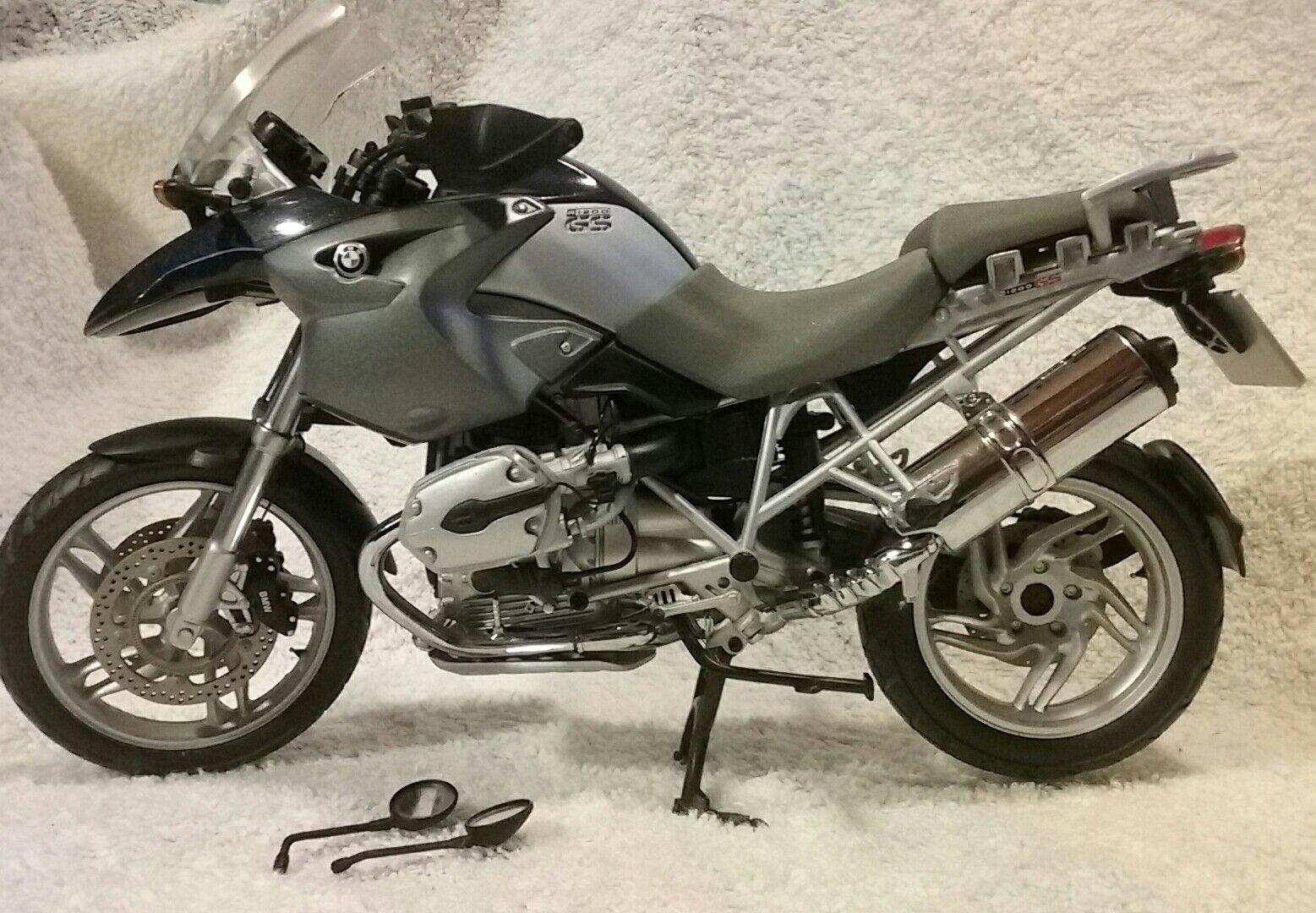 BMW R1200GS Motorcycle Die Cast 1 10