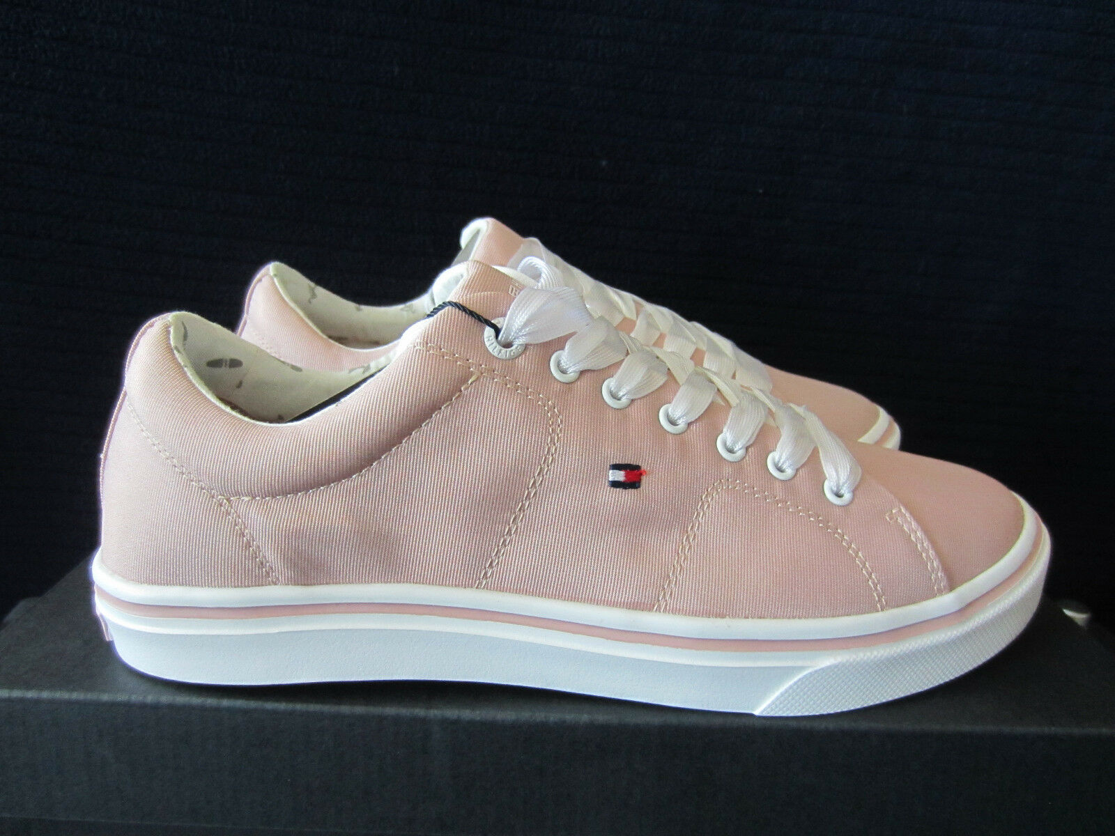 Tommy Hilfiger Metallic Light Weight Lace Up Sneakers 41 Blau, Rosa Gr.39 40 41 Sneakers NEU 593353