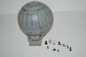 1997Galoob-Toys-Micro-Machines-StarWars-Death-Star-Playset-Lucas-Films-Figurines