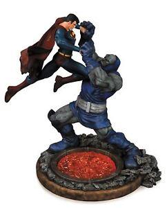 DC-Comics-Statue-Superman-vs-Darkseid-Statue-Second-Edition-Collectible-Figure