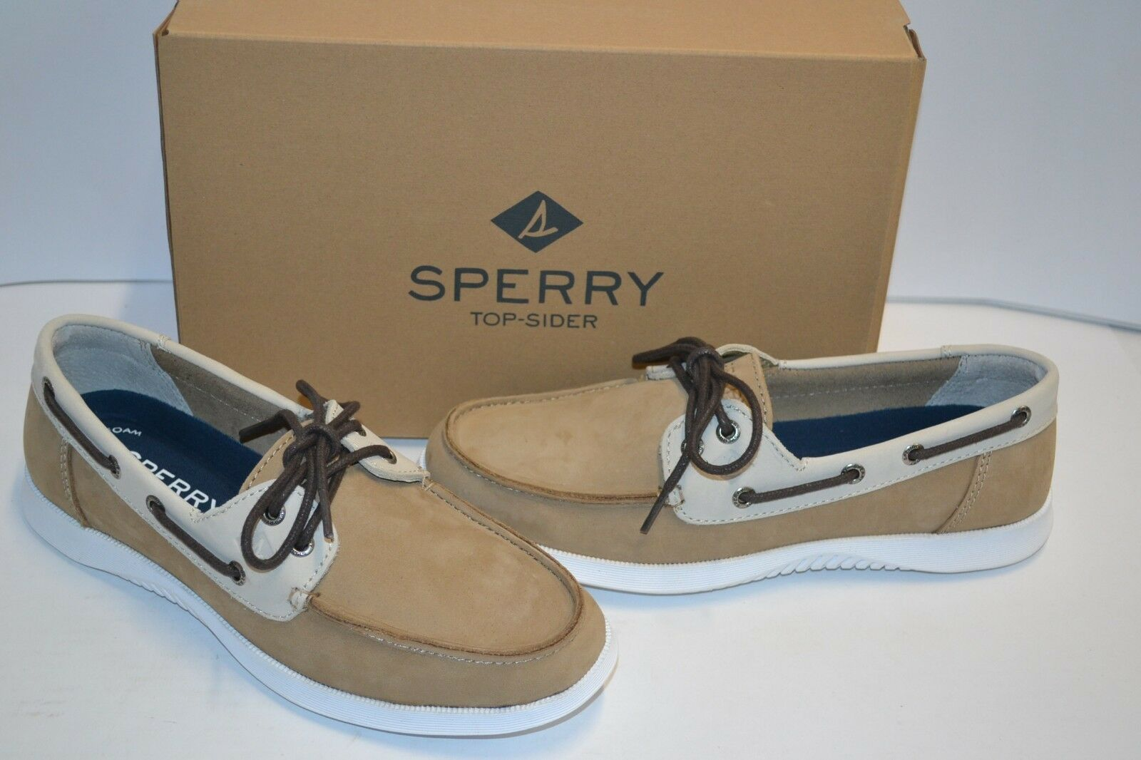 Sperry Men's Defender 2-Eye Taupe LEATHER Boat shoes Moccasins MEMORY FOAM 7.5 M