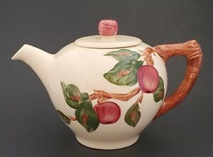 Franciscan-Ware-Apple-Teapot-Made-in-California-Hand-Decorated