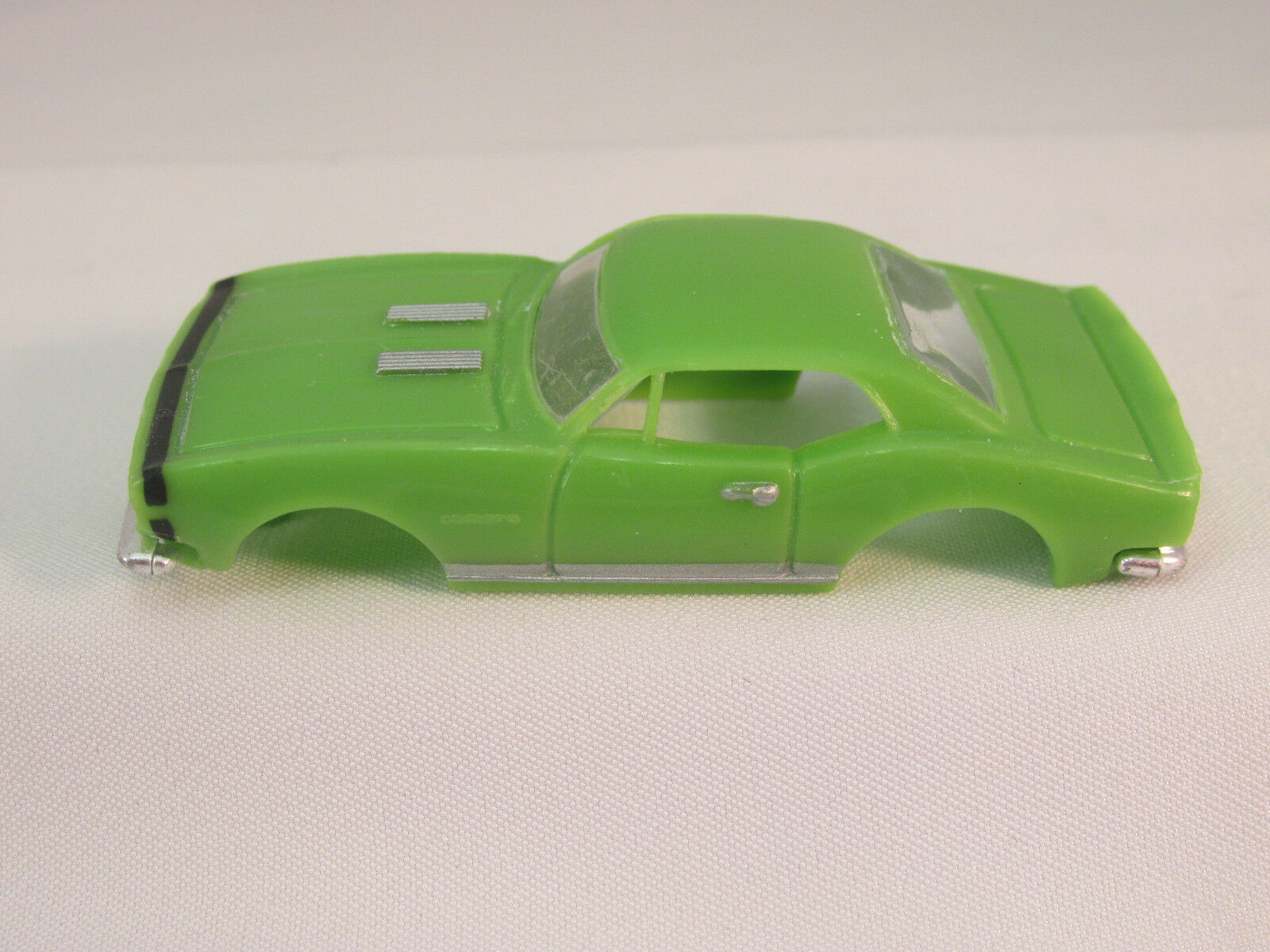 MODEL MOTORING LIME W/BLACK STRIPE '67 CAMARO RS SHELL ~ NEW ~ FITS AURORA T-JET