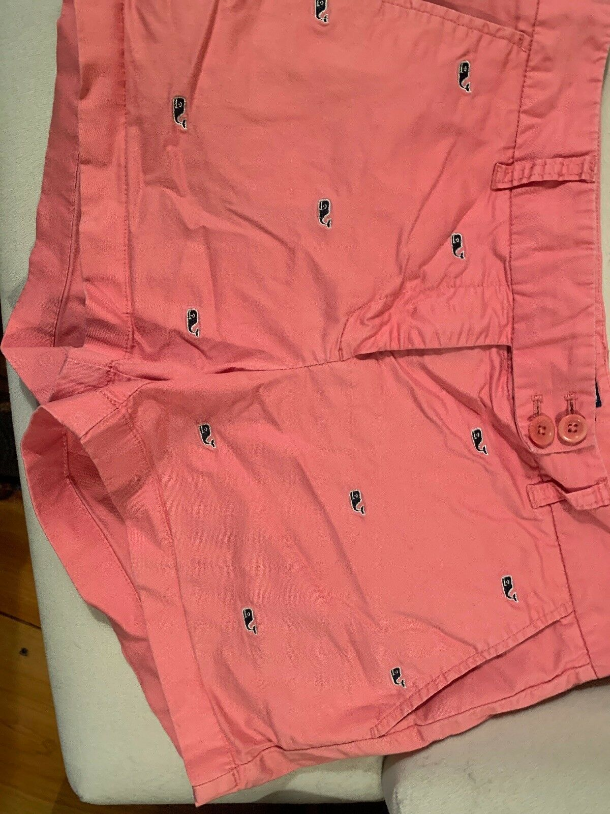 Vineyard Vines 6 Pink Navy bluee Embroidered Whales Shorts