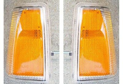 VOLVO 7401983-89 760 1985-86 FRONT CORNER PARKING LIGHT  SET OF 2 NEW