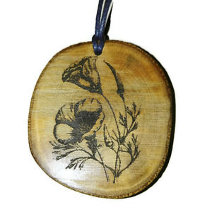 Californian-Poppy-Flowers-Handmade-Wooden-Necklace-Pendant-Eco-Charm-Poppy