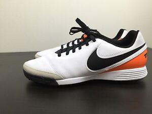 Zapatos blancos Nike Tiempo Genio para hombre Xj8HQz8
