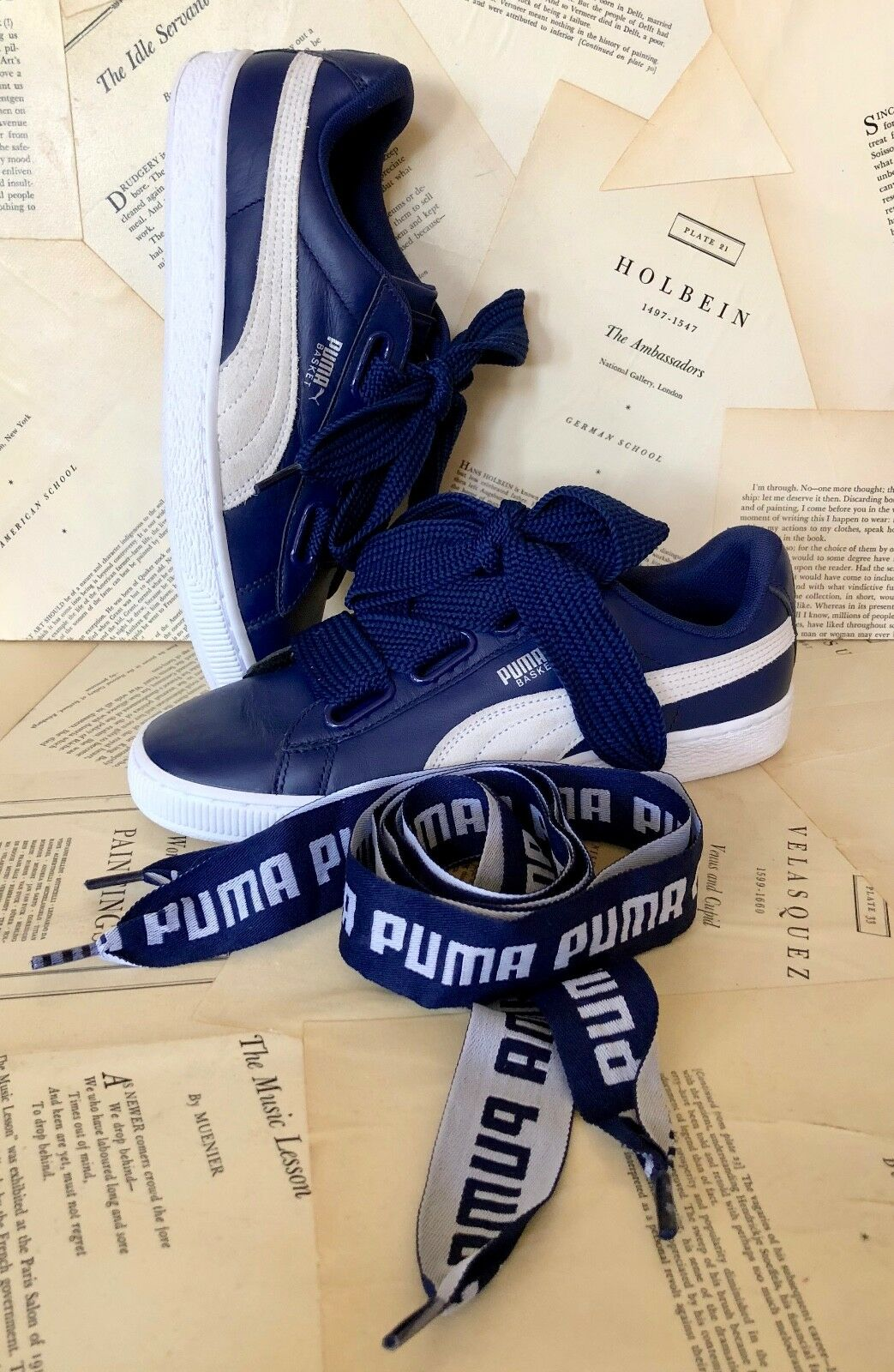 NEW Puma navy bluee Heart De Leather Logo Lace Sneakers 40   9