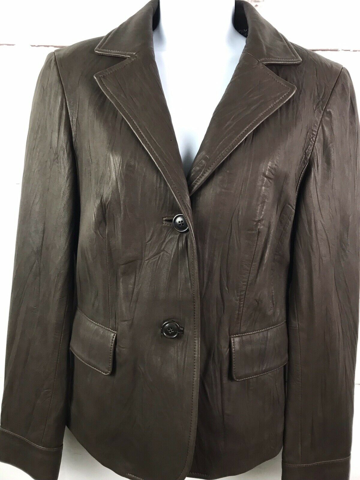 Women's Cole Haan Lambskin Leather Jacket Size 4 2 Button Brown Pockets