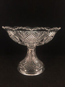 Glass-Scalloped-Footed-Serving-Bowl-Dish-Candy-dish-8-034-Diameter-7-034-Tall