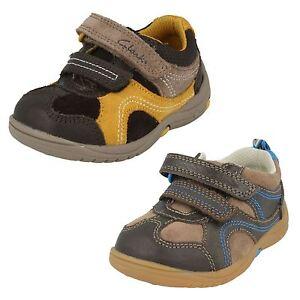 Niños Clarks First Zapatos - RU ROCKS