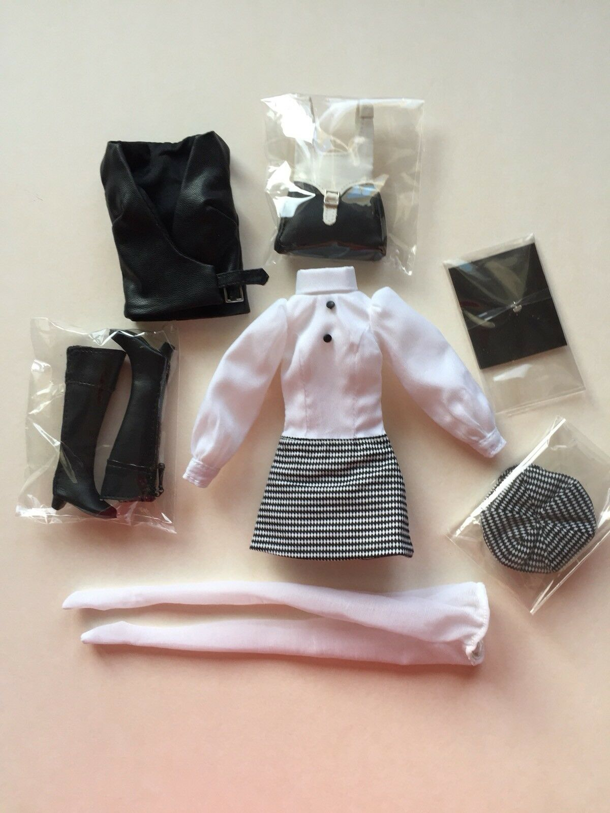 Outfit complet The Girl from Integrity Poppy Parker 12  Integrity Toys doll