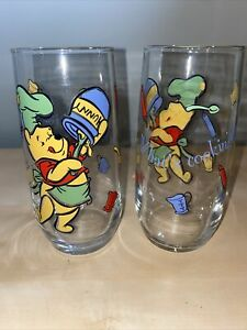 Set-of-2-Vintage-Disney-Winnie-The-Pooh-Glass-Tumbler-Whats-Cooking-Pooh