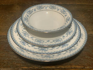 Sango DIPLOMAT CAHILL 4 Piece  Setting Service for 1 Fine China 334 Floral Japan