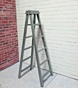 RC-1-10-Scale-Step-Ladder-Shop-Garage-Rock-Crawler-Doll-House-Accessories