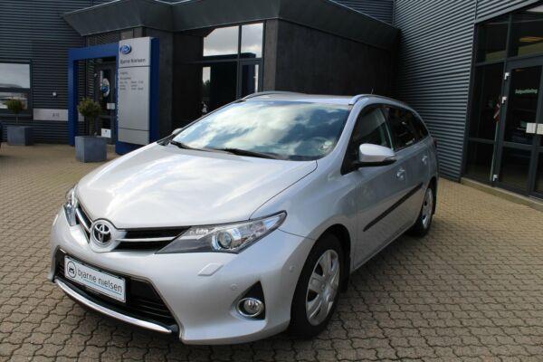 Toyota Auris 1,6 T2+ Comfort TS - billede 4
