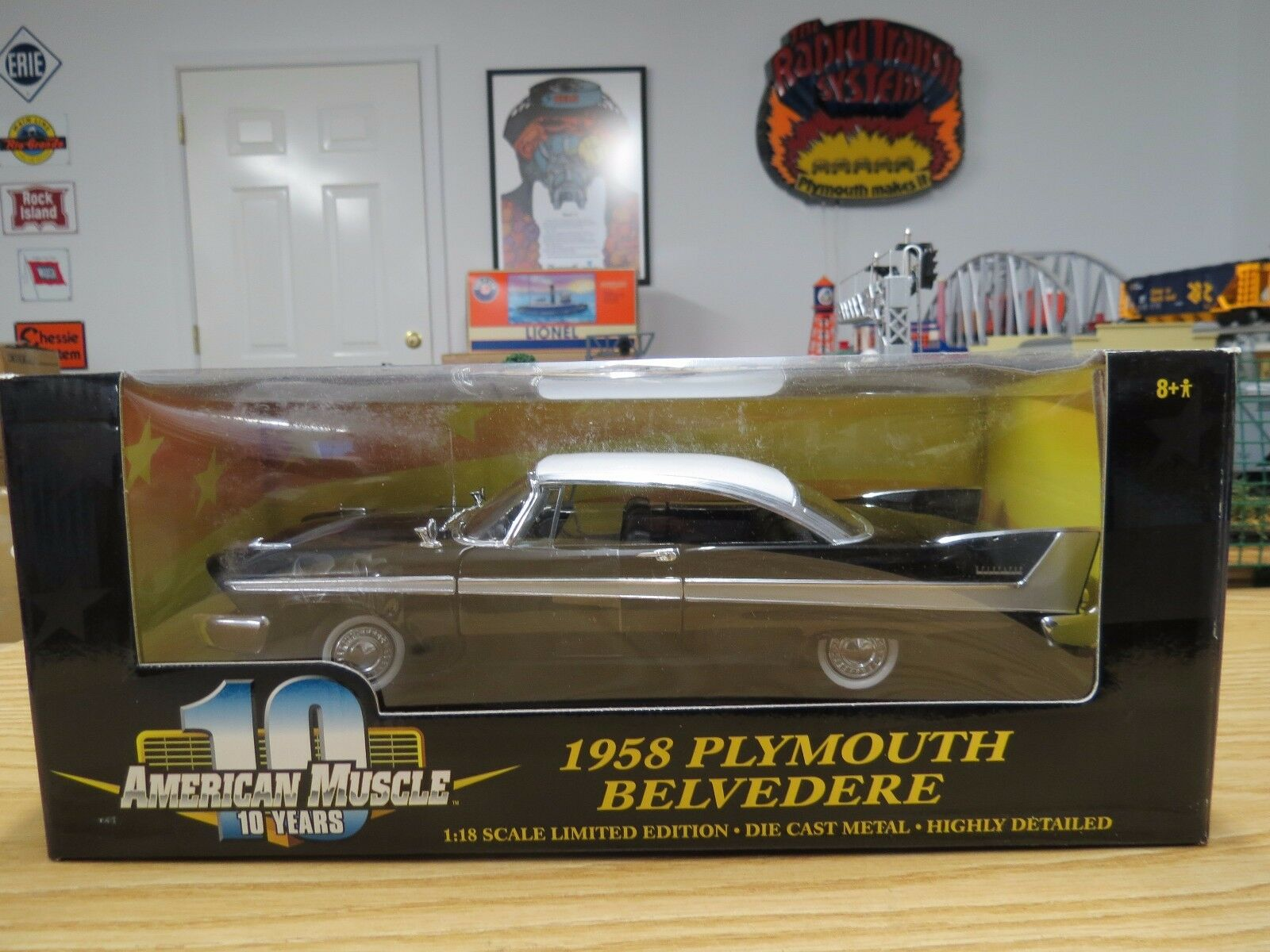 Ertl American Muscle 1958 Plymouth Belvedere Coupe Negro blancoo,   36428, Nueva