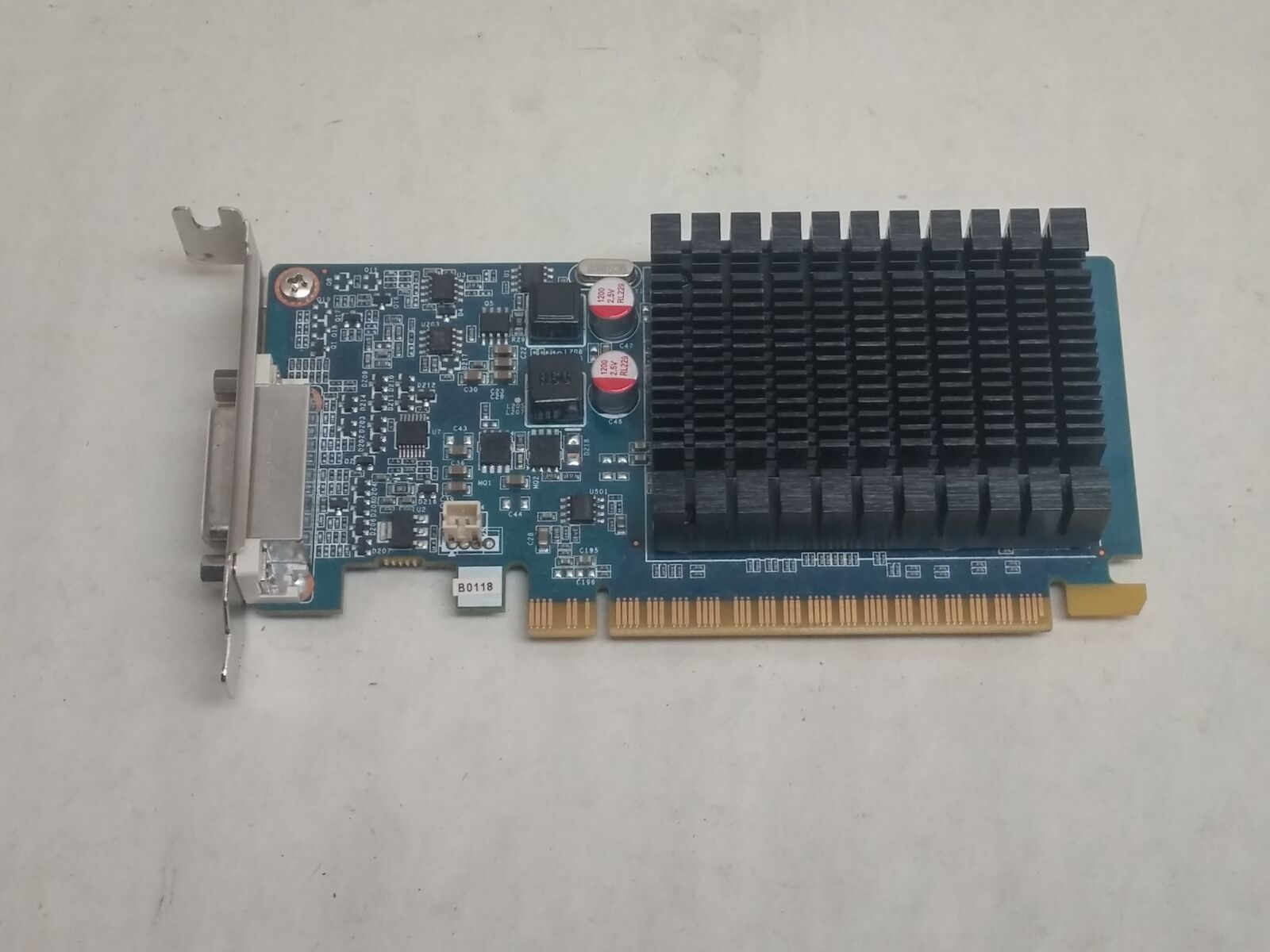 Lot of 2 PNY Nvidia GeForce 8400 GS 1GB DDR3 PCI-E x16 Low Profile Video Card