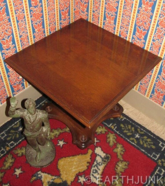 Ethan Allen Classic Manor Maple Square Pedestal Cocktail Table 15