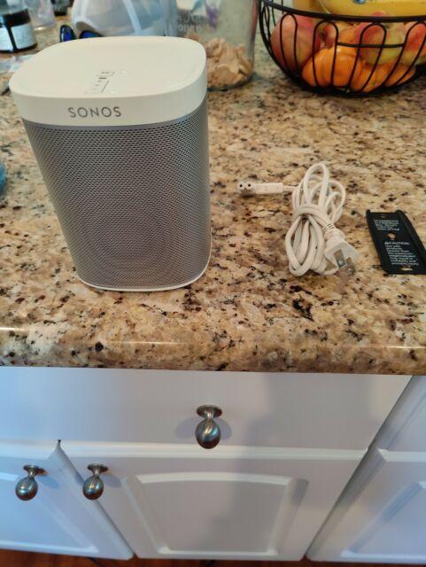 Sonos Play 1 White + Wall Mount