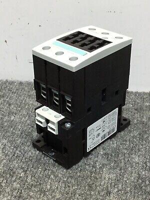 NOS Siemens 3RT1033-1AK60 Contactor Relay Serius 50Hz 3-Pole 3ZX1012-0RT03-1AA1