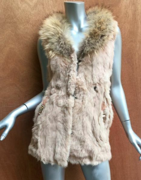 Real fur vest, fox collar long, tan, blonde sleeveless Sz6, immaculate NWOT's