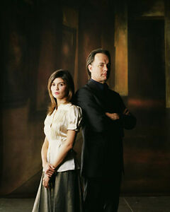 The-Da-Vinci-Code-UNSIGNED-photo-F928-Tom-Hanks-and-Audrey-Tautou