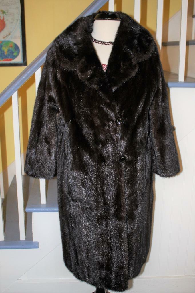Beautiful Vintage Dark Brown Ranch MINK Fur Coat … - image 1